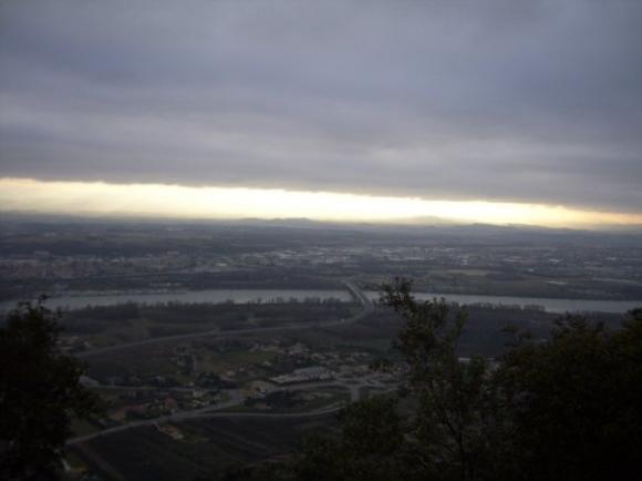 http://cumulus.cowblog.fr/images/montagnecrussol.jpg